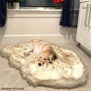 luxury-faux-fur-dog-bed